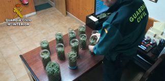 Detenidos en Tomiño dos jóvenes de O Rosal con más de un kilo de marihuana