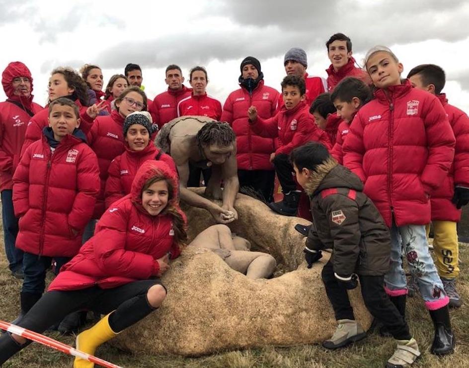 Álex Sierpes y Ariana González triunfan en el XV Cross Internacional de Atapuerca