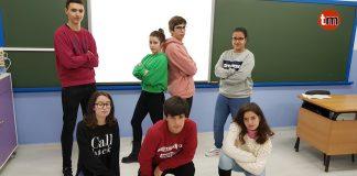 "Alumnos de Baiona dicen ""NO"" a la Violencia de Género a base de rap"