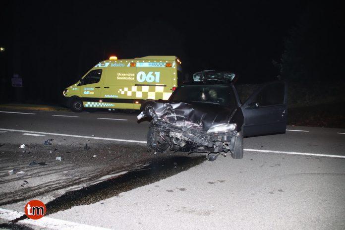 Cuatro heridos, entres ellos dos menores, en la colisión entre dos vehículos en Tomiño