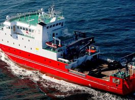 Nigrán ofrece una charla sobre el plancton en el Buque Oceanográfico Sarmiento de Gamboa