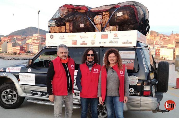Conrazones reparte material solidario a familias de Marruecos
