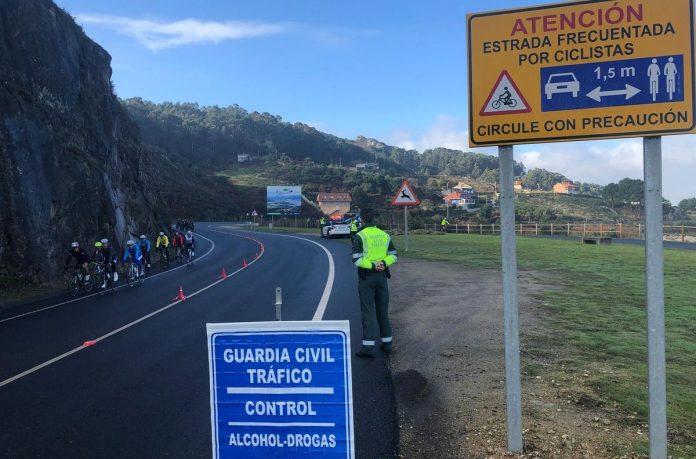 Tráfico intercepta en Baiona a cuatro conductores que dieron positivo en drogas