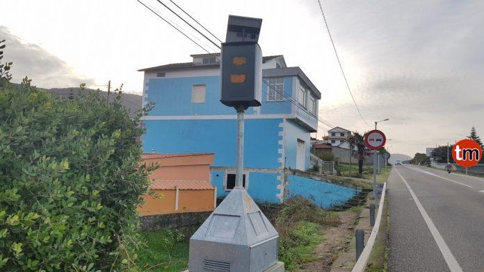 Sabotaje con pintadas contra el radar de Mougás