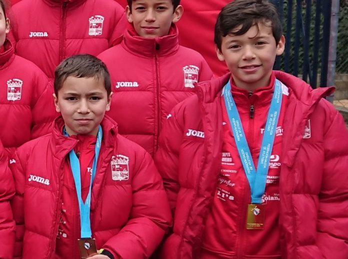 El guardés, Álex Sierpes, logra el oro en el Campeonato Gallego de Campo a Través Federado