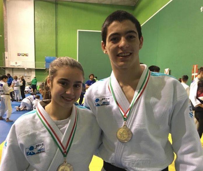 Plata para Iago Álvarez y Verónica Pérez en la copa de España de judo