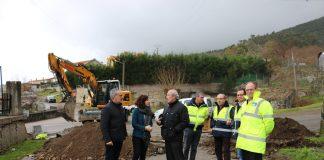 Se inician las obras de ejecución de una senda que unirá el Concello con la escuela infantil de Oia