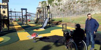 Baiona inaugura el nuevo parque infantil de A Palma