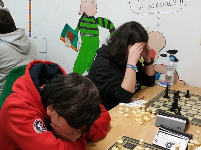 Tres vitorias e un empate para o club de xadrez Laroca na segunda xornada da liga galega