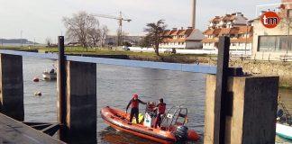 Los servicio de emergencia se preparan para el simulacro de evacuación del ferry de A Guarda