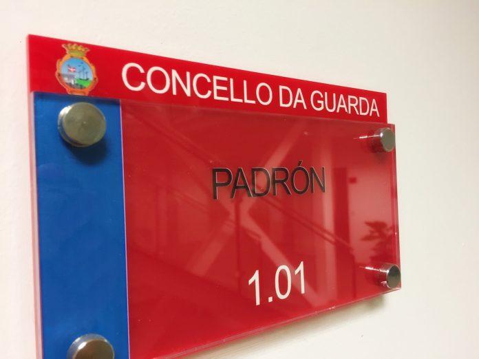 A Guarda expone al público las listas del Censo Electoral