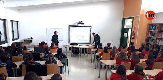 Alumnos del Colegio Estudio de Chandebrito reciben charlas sobre los delitos de odio