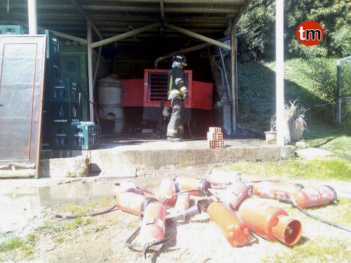 Arde un generador en un cobertizo anexo a una vivienda en Nigrán