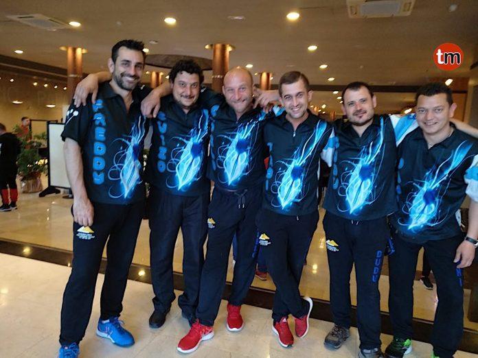 Los integrantes del equipo Siglo XXI de Vilariuño